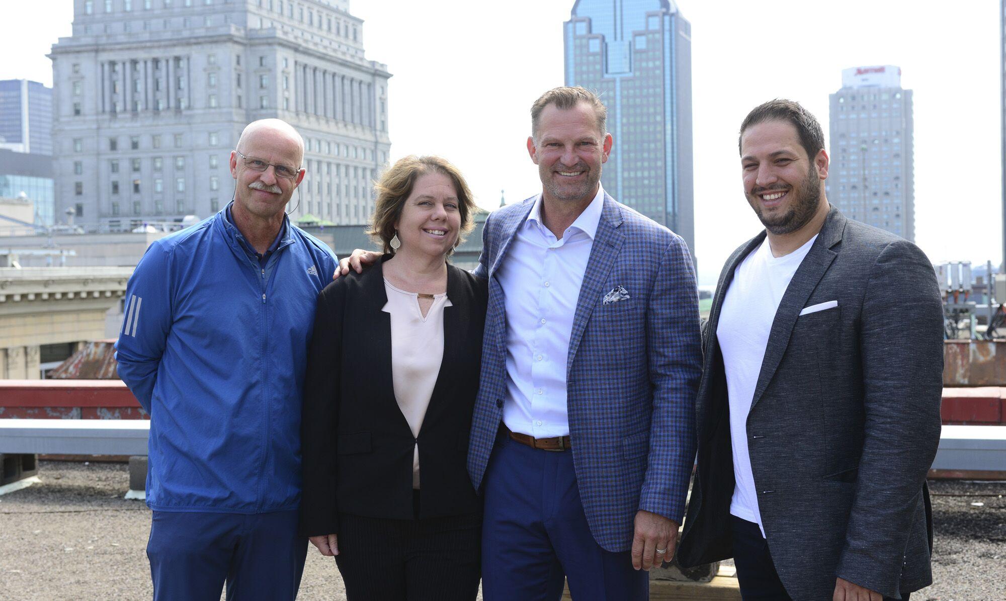 De gauche à droite: Horst Bente (leAD), Carolina Bessega (Stradigi AI), Kirk Muller (Canadiens de Momtréal),  Basil Bouraropoulos (Stradigi AI),